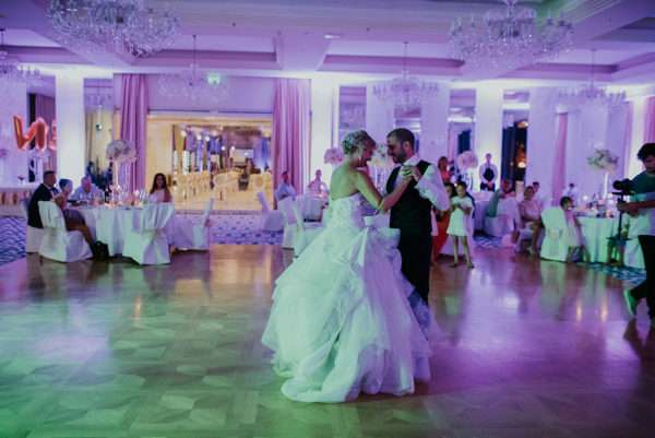 opatija; get marride in opatija; wedding opatija; destination wedding opatija; destination wedding planner opatija; wedding planner croatia; marrytale; first dance; bridal couple