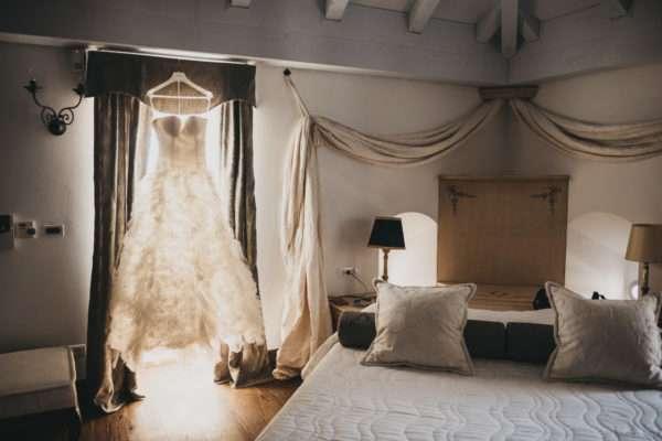 solta; maslinica; wedding in croatia; island wedding; heirten in kroatien; heiraten auf insel; wedding planner croatia; hochzeitsplaner kroatien; marrytale: brides room; wedding dress
