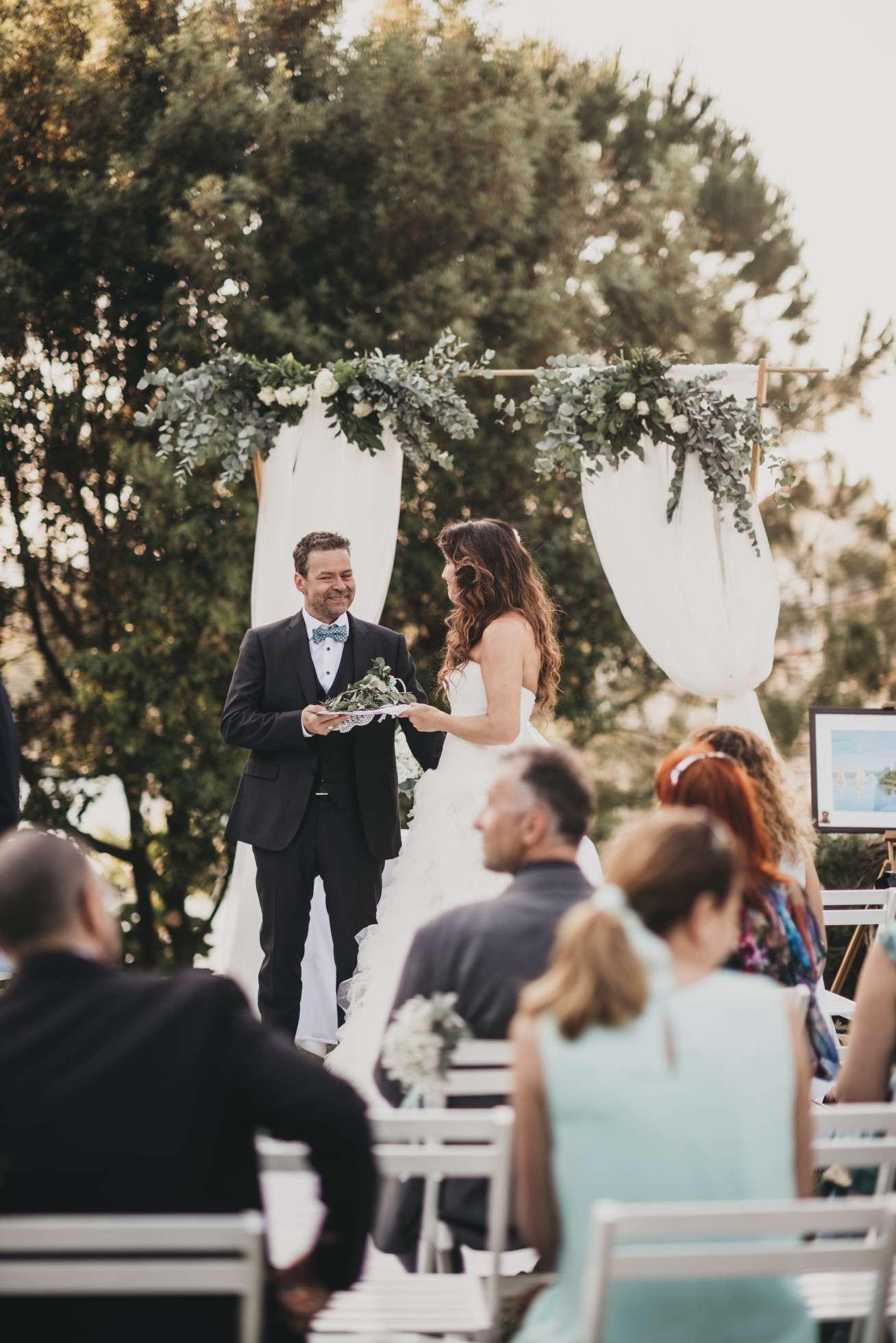 solta; maslinica; wedding in croatia; island wedding; heirten in kroatien; heiraten auf insel; wedding planner croatia; hochzeitsplaner kroatien; marrytale; bridal couple; brautpaar; trauung kroatien