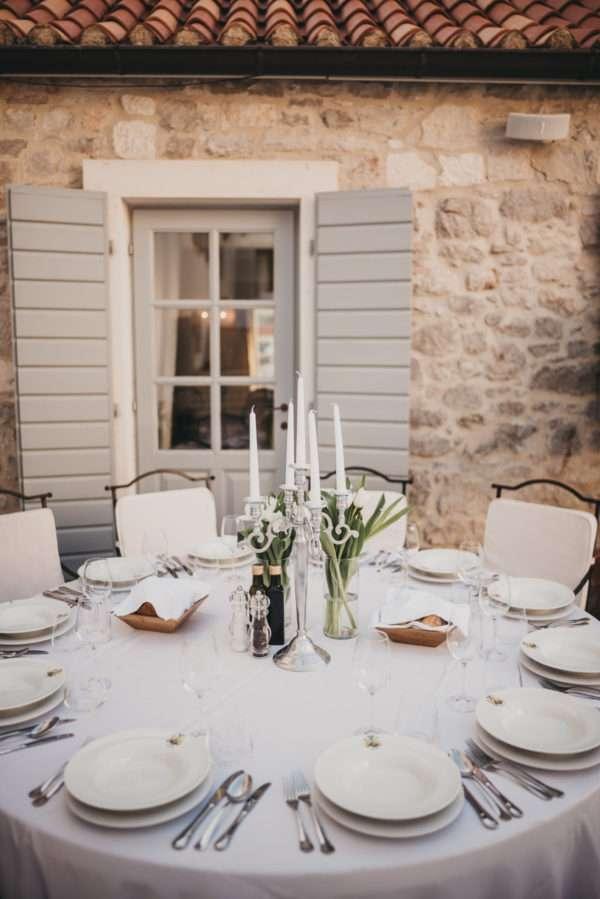 solta; maslinica; wedding in croatia; island wedding; heirten in kroatien; heiraten auf insel; wedding planner croatia; hochzeitsplaner kroatien; marrytale; table decor; tischdecken
