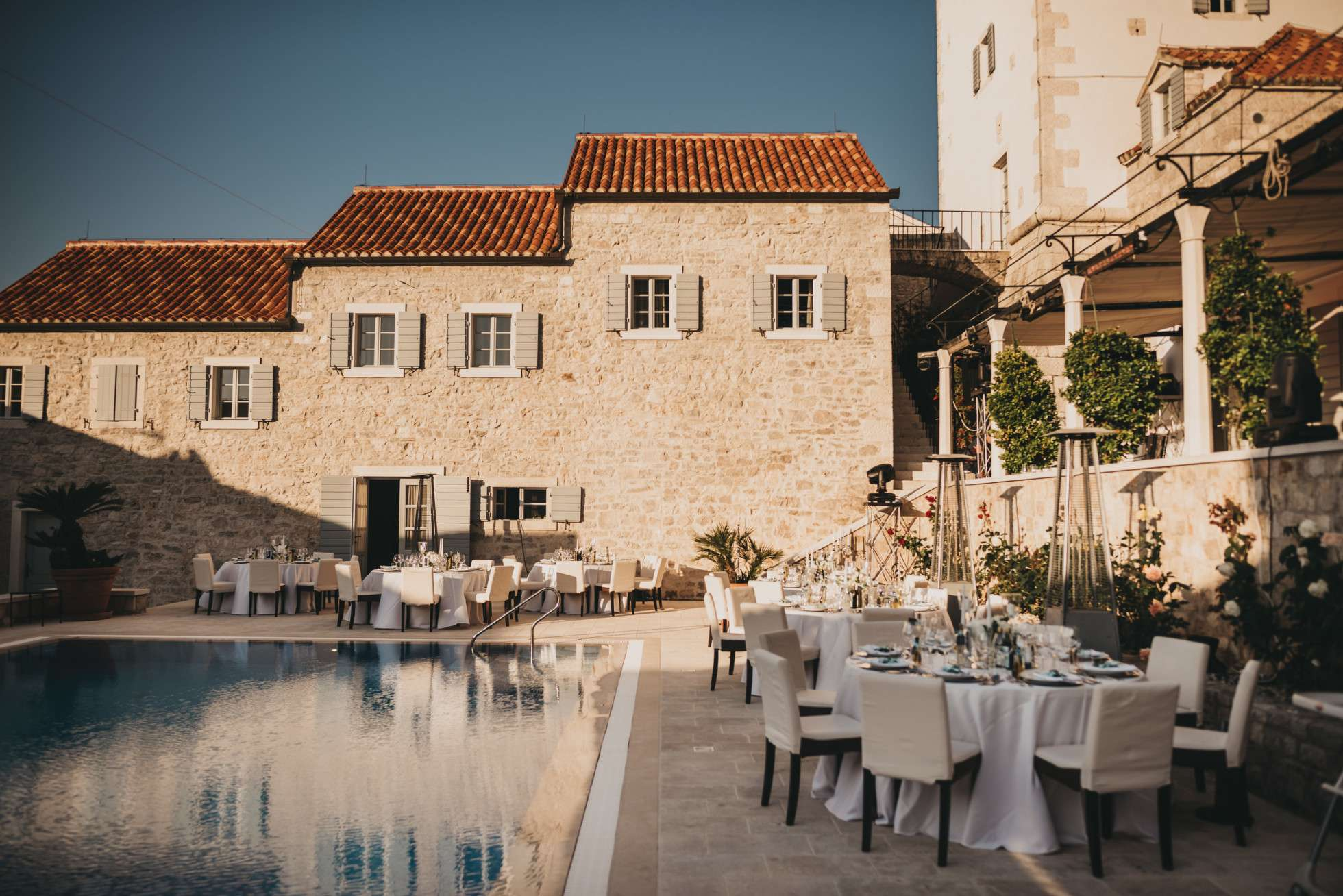 Solta wedding tables