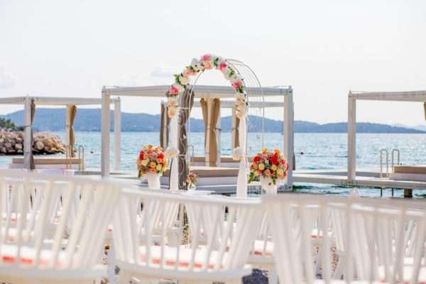blumen; decoration; wedding decoration; summer wedding; heiraten in kroatien; wedding planner croatia; hochzeitsplaner kroatien; marrytale; beach wedding; hochzeit am strand