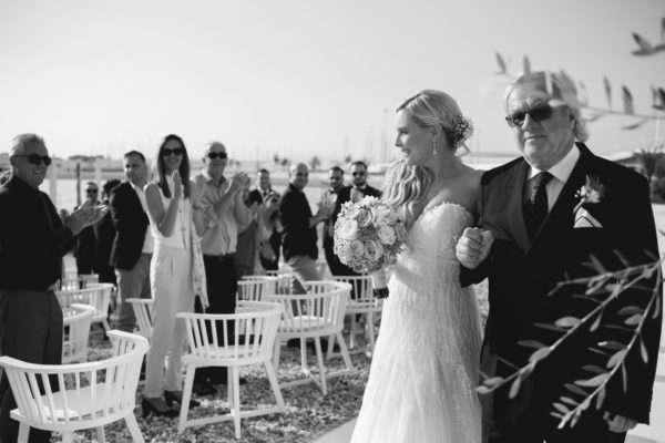 bride; wedding dress; hochzeit in kroatien; heiraten in kroatien; wedding party; wedding planner croatia; marrytale; sunset: beach wedding; hochzeit am strand; walking down the aisle; trauung