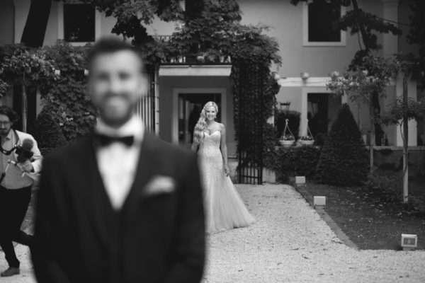 destination wedding croatia; brautpaar; bridal couple; bride; groom; wedding dress; hochzeit in kroatien; heiraten in kroatien; wedding party; wedding planner croatia; marrytale; sunset: beach wedding; hochzeit am strand; wedding planner zadar