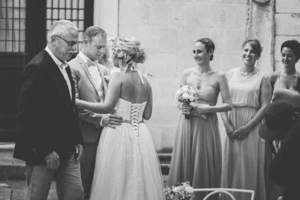 wedding dress; hvar; marrytale; heiraten in hvar; heiraten in kroatien; wedding planner hvar; wedding planner croatia; hochzeitsplaner hvar; hochzeitsplaner kroatien; brautpaar