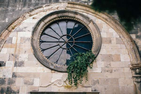 kirche; church; kirchliche trauung; hvar; marrytale; heiraten in hvar; heiraten in kroatien; wedding planner hvar; wedding planner croatia; hochzeitsplaner hvar; hochzeitsplaner kroatien