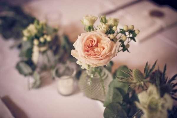 get married by the walensee; wedding planner walensee; wedding planner switzerland; destination wedding walensee; destination wedding planner switzerland; marrytale; vase; flowers