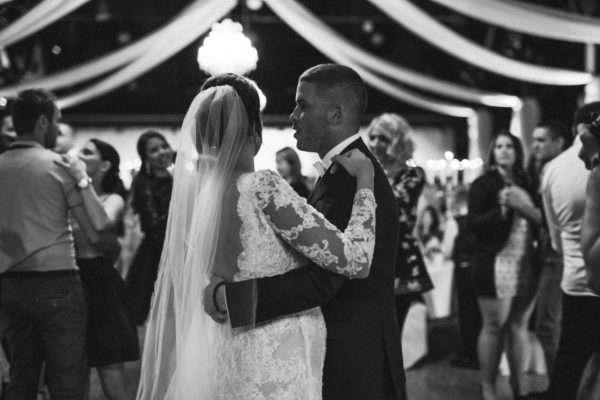 wedding zürich; get marride in zürich; destination wedding zürich; wedding planner zürich; wedding planner switzerland; ceremony zürich; wedding party zürich; marrytale; first dance; bridal couple