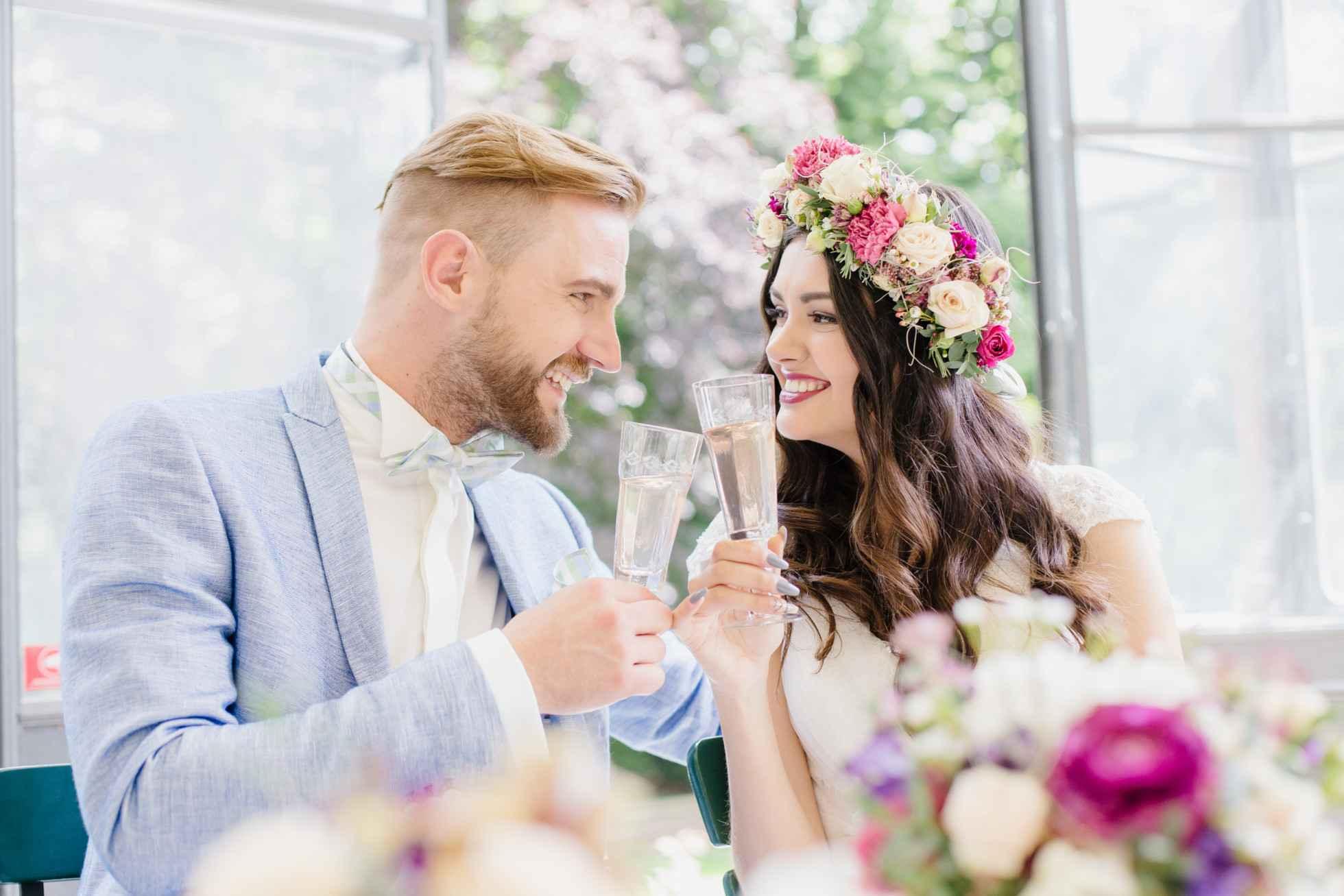 A couple having a wedding in Winterthur